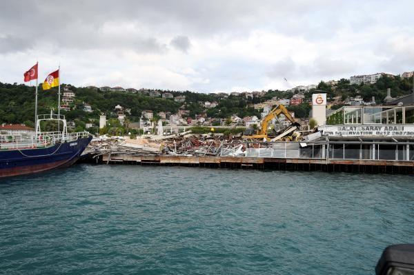 Galatasaray Adası'nda YıkımBaşladı