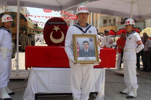 Şehit Uzman Çavuş Ali Gülnar Son Yolculuğuna Uğurlandı