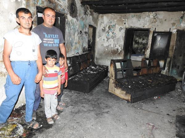 Yangın Sonrasında 10 Kişilik Avşar Ailesi Evsiz Kaldı