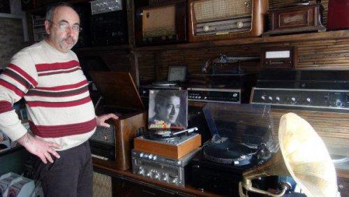 Antika Gramofon ve Radyolar 'Lak' Böceğinin Salgısıyla Yenileniyor