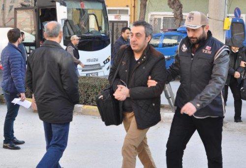 Eshişehir'de 18 Fetö Şüphelisi Adliyede