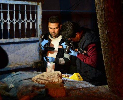 Ev Sahibi Genç Kiracılarını Tabancayla Vurdu: 2 Yaralı