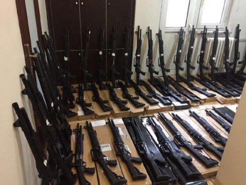 Konya'da Ruhsatsız 63 Tüfek Ele Geçti, 2 Kişi Gözaltında