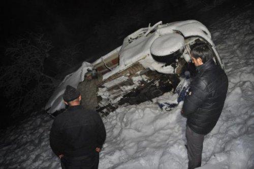 Köy Minibüsü Uçuruma Yuvarlandı: 1 Ölü, 14 Yaralı