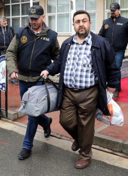 Sahil Güvenlik Karadeniz Bölge Komutanı İle Birlikte 21 Şüpheli Fetö'den Tutuklandı