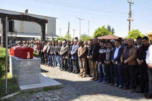 Trafik Kazasında Ölen Polis Memuru Ali Rıza Yılmaz Toprağa Verildi