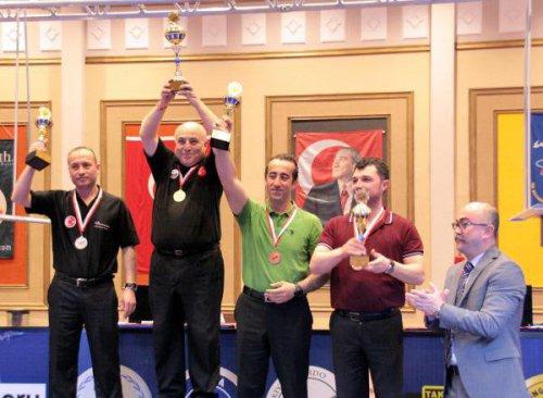 Türkiye Bilardo Şampiyonası Serik'te Yapılıyor