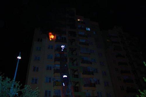 Yedinci Katta Korkutan Yangın